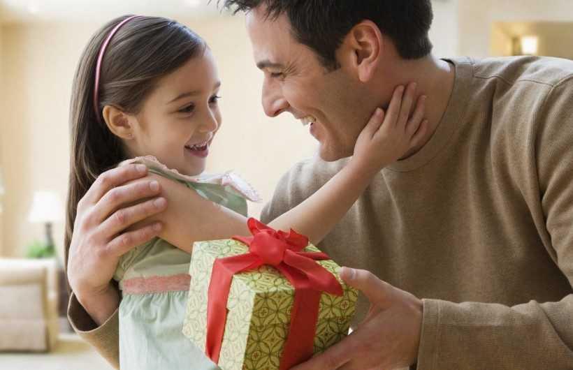 Подарок папе — 155 фото оригинальных идей подарков для папы. Видео советы экспертов и обзор лучших идей